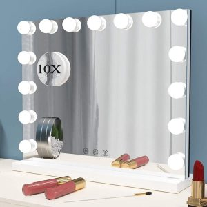 Espejo con luz LED coqueto