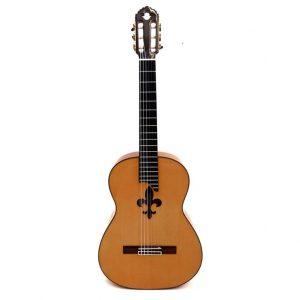 Guitarra flamenca con flor de lis de TOLEDO