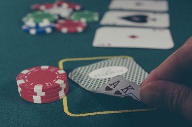 ¿Qué es el rake y el rakeback en póker?